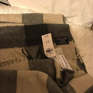 Abercrombie &Fitch Scarf